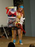21:45. Mere end halvanden times cosplay-extravaganza n�rmer sig sit oph�r og priserne uddeles med rund h�nd.